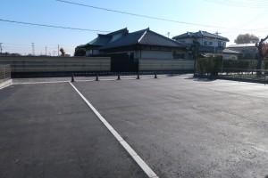 成就院西側駐車場